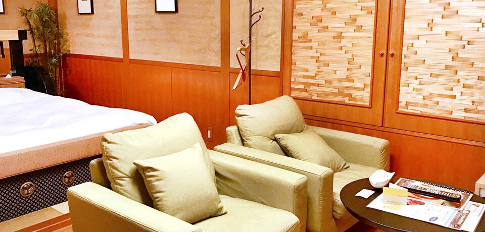 ホテルポプリンは、広々とおくつろぎいただけるお部屋をご用意しております。
